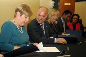 Pearson, Laurier school boards ink international partnership